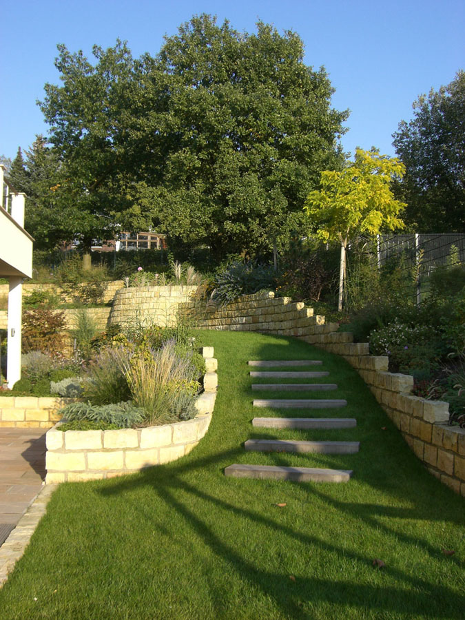 garten und landschaftsbau l ssig natursteinmauern trockenmauern sandstein granit. Black Bedroom Furniture Sets. Home Design Ideas